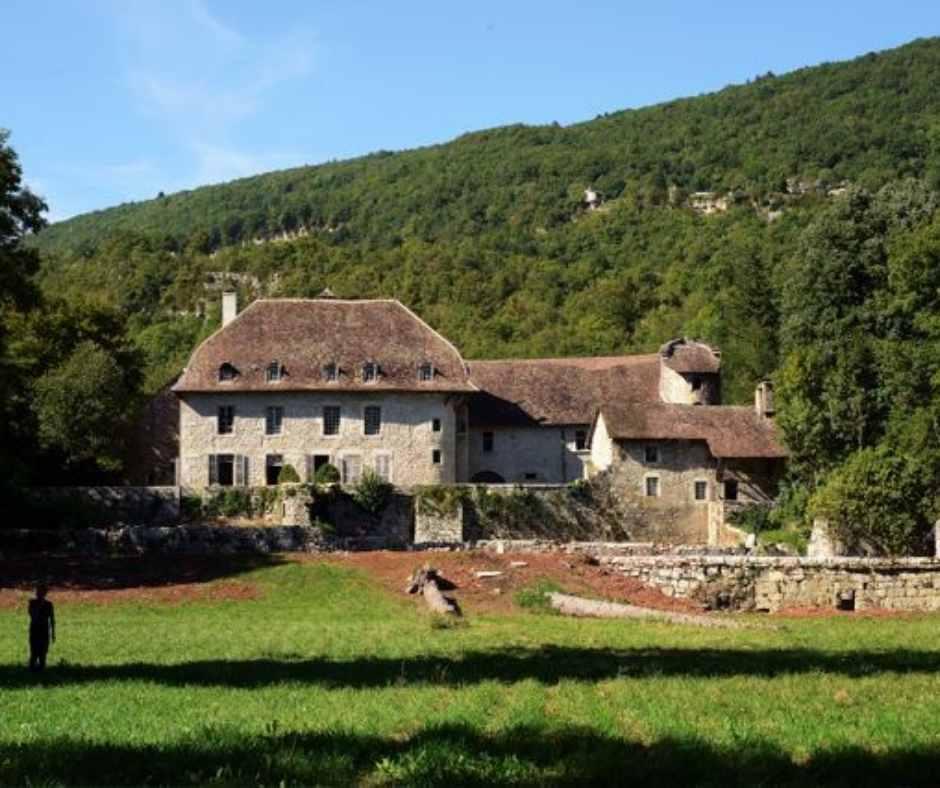 AOC Bugey Domaine - Domaine du Château des Esclaz